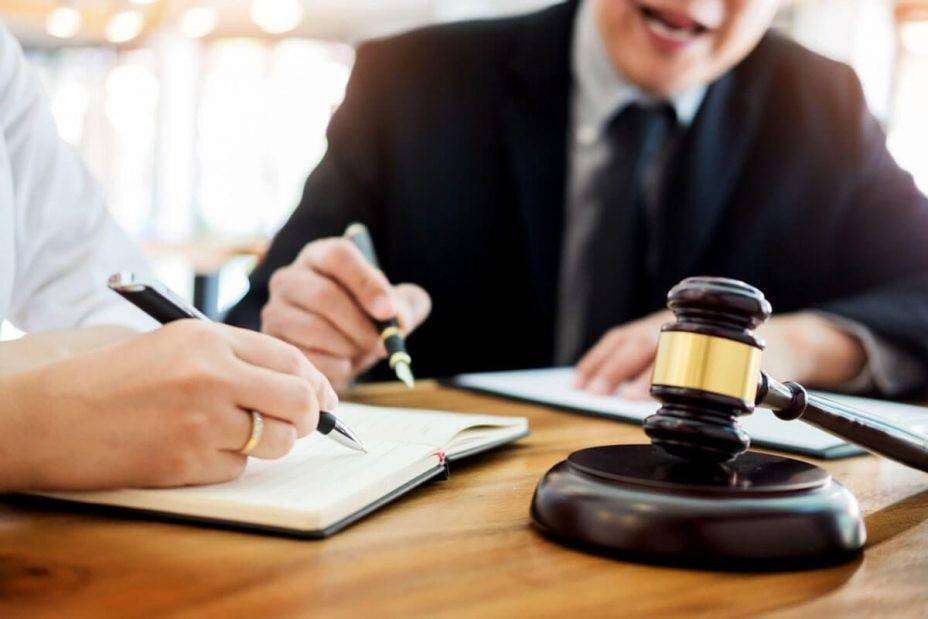 Finding the Best Employment Lawyer for Sexual Harassment Cases   meekscutoff.com