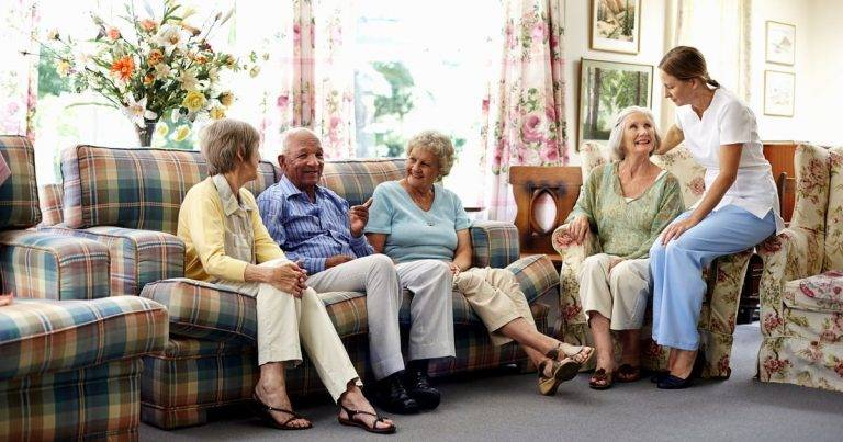 Top Five Benefits of Living in a Retirement Community