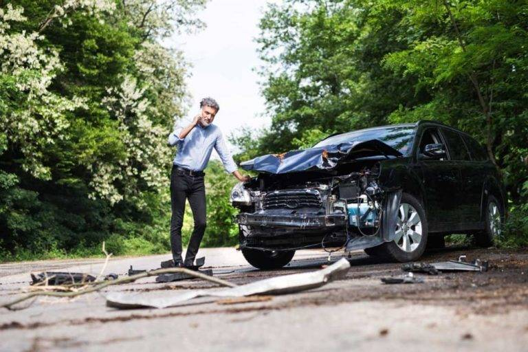 Get Best of Both the Worlds by Hiring a Contingency Auto Accident Lawyer