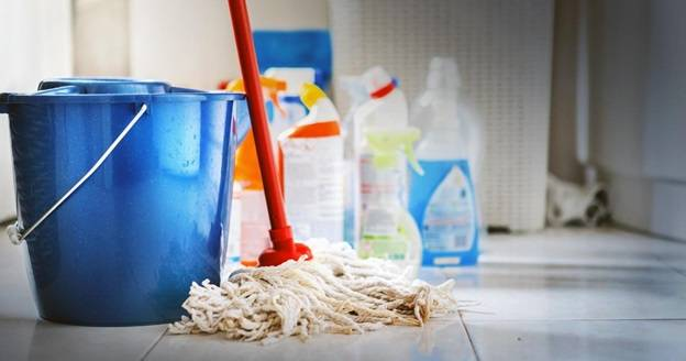 5 easy daily cleaning tasks for your family home
